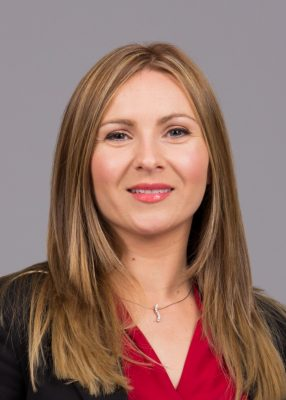 陶朗企业传讯副总裁 Lorraine Dundon