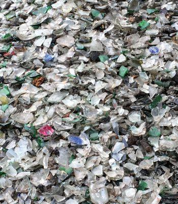 从生活垃圾中分选出来的玻璃