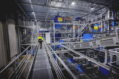 自动化分选技术代替人工,从生活垃圾中分选可回收材质